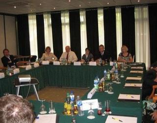Suradnja sa ekonomskim savjetnicima stranih ambasada i predstavnicima poslovnih udruženja